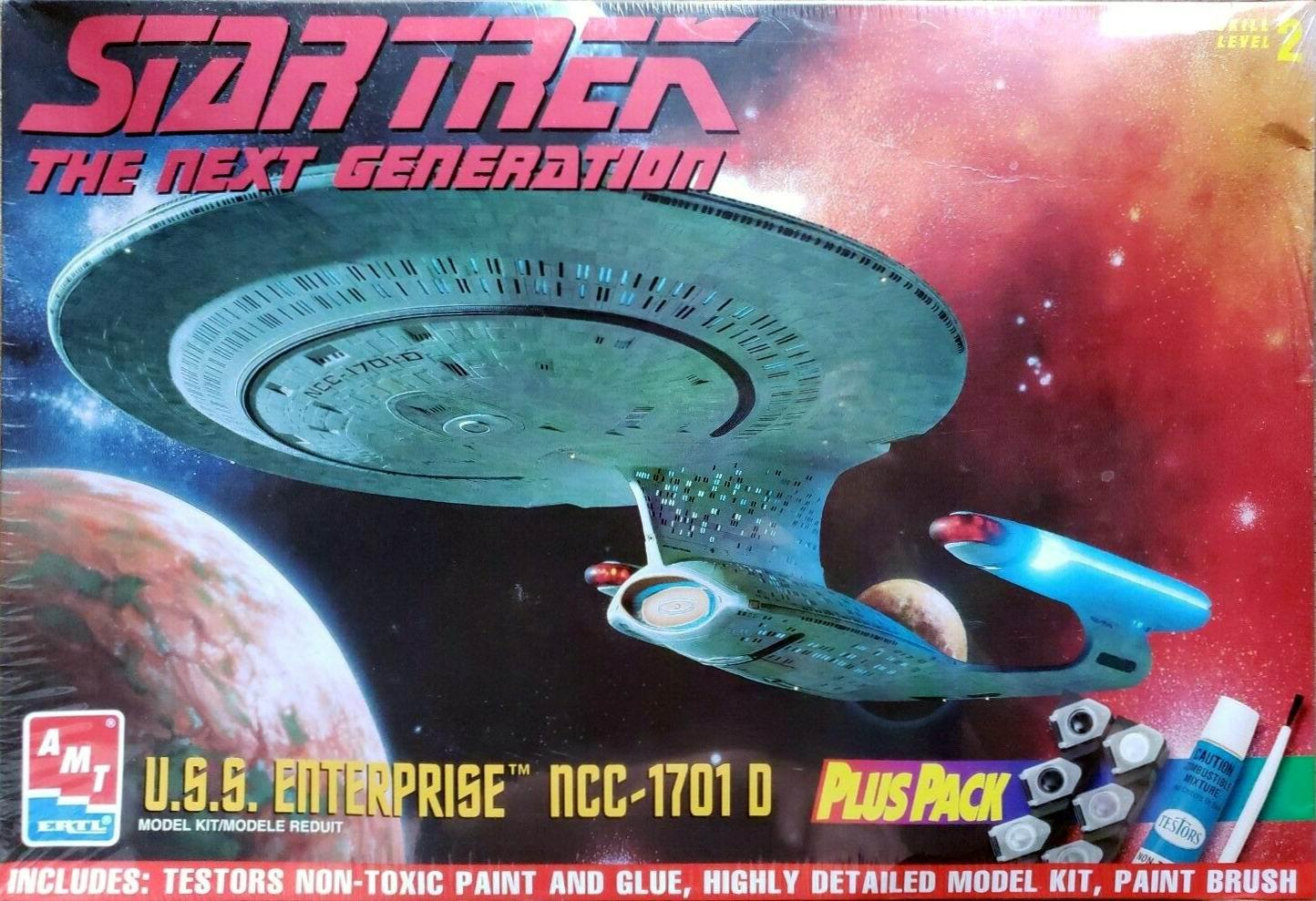 AMT Model kit 8400 USS Enterprise-D 1996.jpg