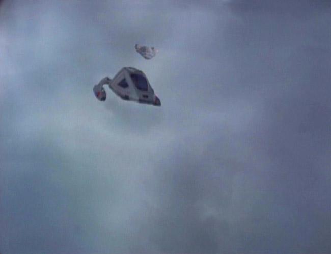 Shuttle befindet sich in elektrodynamischen Turbulenzen.jpg
