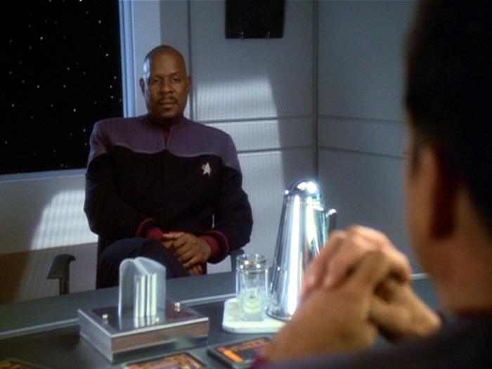 Sisko Versetzung Sternbasis.jpg
