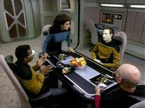 Timescape - Picard, Data et Geordi figés.jpg