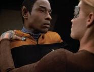 Seven performs Vulcan nerve pinch