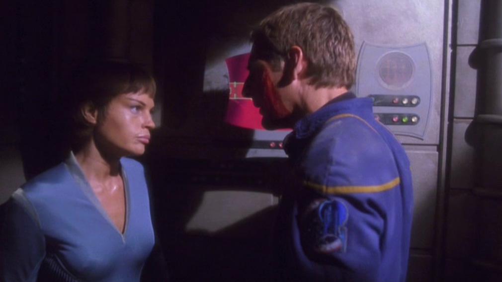 T'Pol offenbart Archer ihre Probleme.jpg