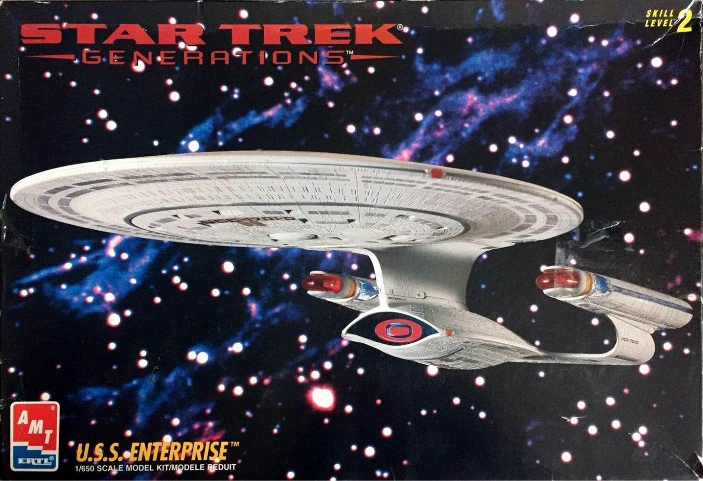 AMT Model kit 8793 USS Enterprise-D 1995.jpg