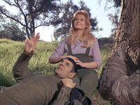 Spock i Leila Kalomi