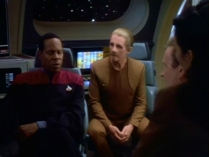 Sisko klärt die Situation auf.jpg