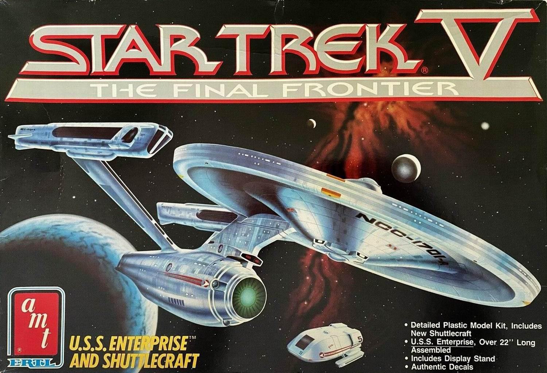 AMT Model kit 6876 USS Enterprise and Shuttlecraft 1989.jpg