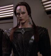 Cardassian female, Vetar officer