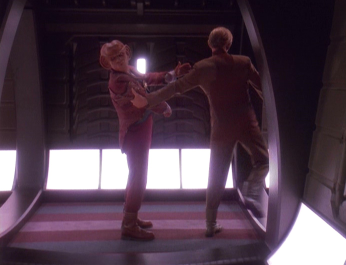 Quark wird verhaftet.jpg