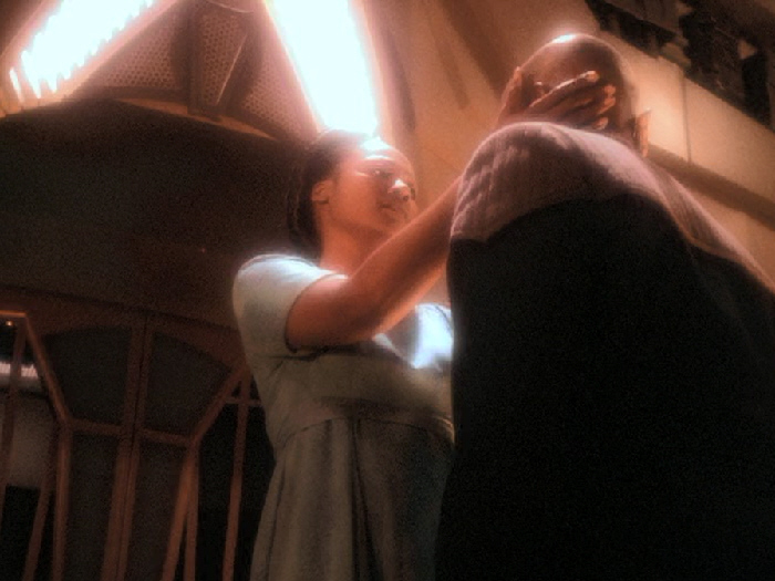 Die Prophetin akzeptiert Siskos Entscheidung.jpg