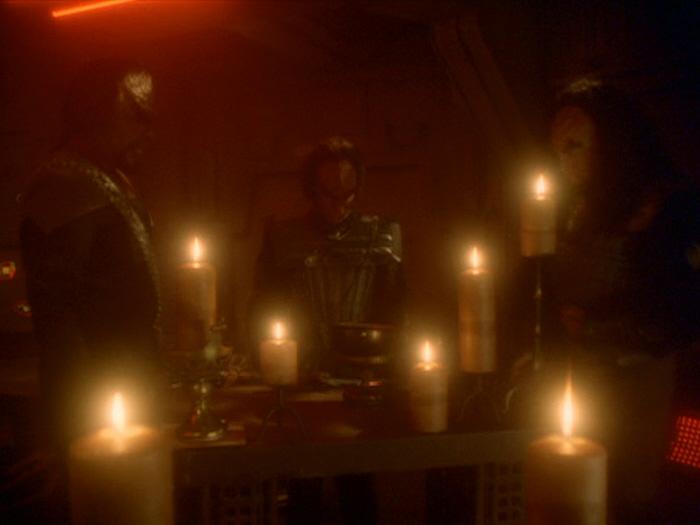Aufnahmezeremonie in ein klingonisches Haus
