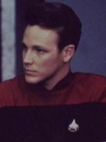 Thomas Eugene Paris auf der Sternenflottenakademie.jpg