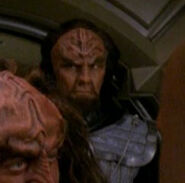 Gowrons officer 2 2375