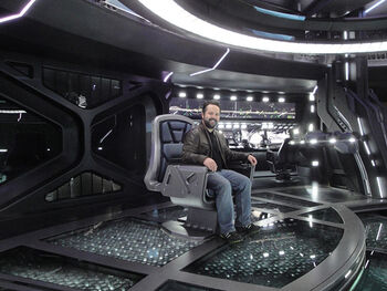 Clint Schultz on the bridge set of the USS Vengeance in Star Trek: Into Darkness