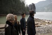 Team Arrow realise they're on Lian Yu