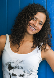 Angel Coulby.png