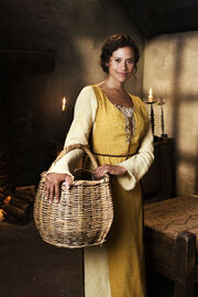 Merlin S1 Angel Coulby 002