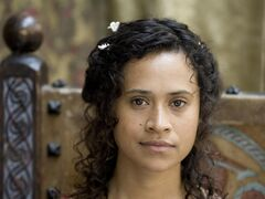 Merlin S1 Angel Coulby 004