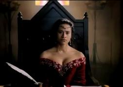 3 Queen Gwen