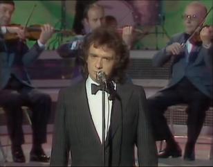 1981 - Volver a vivir (TV).png