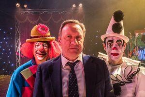 Send-in-the-clowns-01