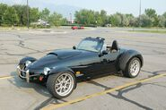 800px-Panoz Roadster