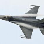 F16A 40312 403SQ 110108-3.jpg