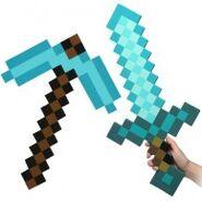Minecraft-Blue-Diamond-Sword-Pickaxe-Set-0-194x194