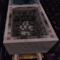 Silverfish Minecart.png