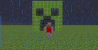 Игрок на фоне стеклянного крипера.png