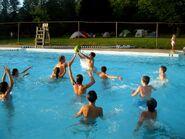 Watermelon-Pool-Race-Game
