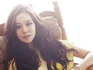 Moon-Chae-Won (1)