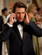 Mission-Impossible-Ghost-Protocol-Ethan-Hunt-Tom-Cruise-2011-Movie-Picture-Tuxedo