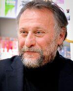 1024px-Michael Nyqvist 2013