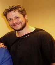 Dan Green (Mitchell Actors).png