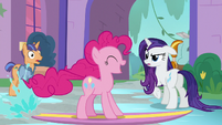 Pinkie Pie continues surfing S8E21