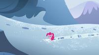 Pinkie hears a roar S5E11