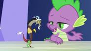 S05E22 Pomniejszony Discord i Spike