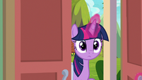 Twilight entering the retirement home S9E5