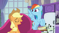 """Applejack """"you're just in time"""" S8E9"""