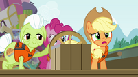 Applejack sees the approaching cave S4E09