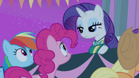 Rarity looking at Pinkie S4E14