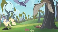 Rarity running away from the bats S4E07