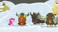 Rutherford likes snow cakes; yaks look forlorn S7E11