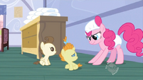 S02E13 Pinkie w pieluchach