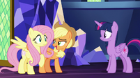 "Applejack ""I'm sure the two of us"" S8E23"