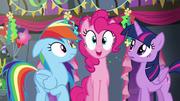 S06E07 Przyjaciółki zorganizowały przyjęcie dla Dash.png