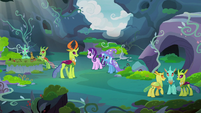 Thorax shows Starlight and Trixie to activities area S7E17
