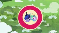 Celestia and Luna's faces on parachute S9E13