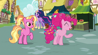 """Pinkie Pie singing """"how much time goes by"""" S9E26"""