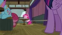 Pinkie Pie sulking by herself in the corner S9E16
